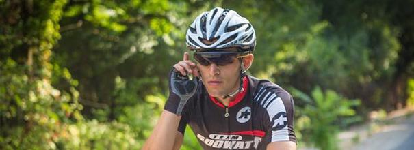 专为骑手打造的增AR智能眼镜 一点都不影响视线